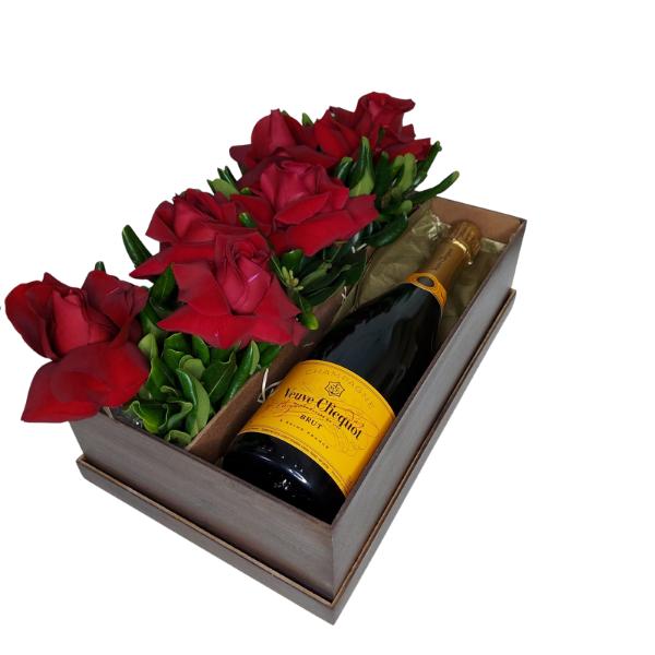 Box de Presente Veuve Clicquot e Rosas