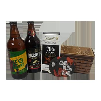 Cesta de Presente com cerveja Black e White