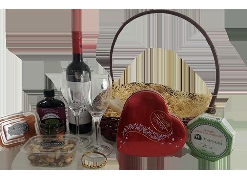 Cesta de Presente com Vinho Coração