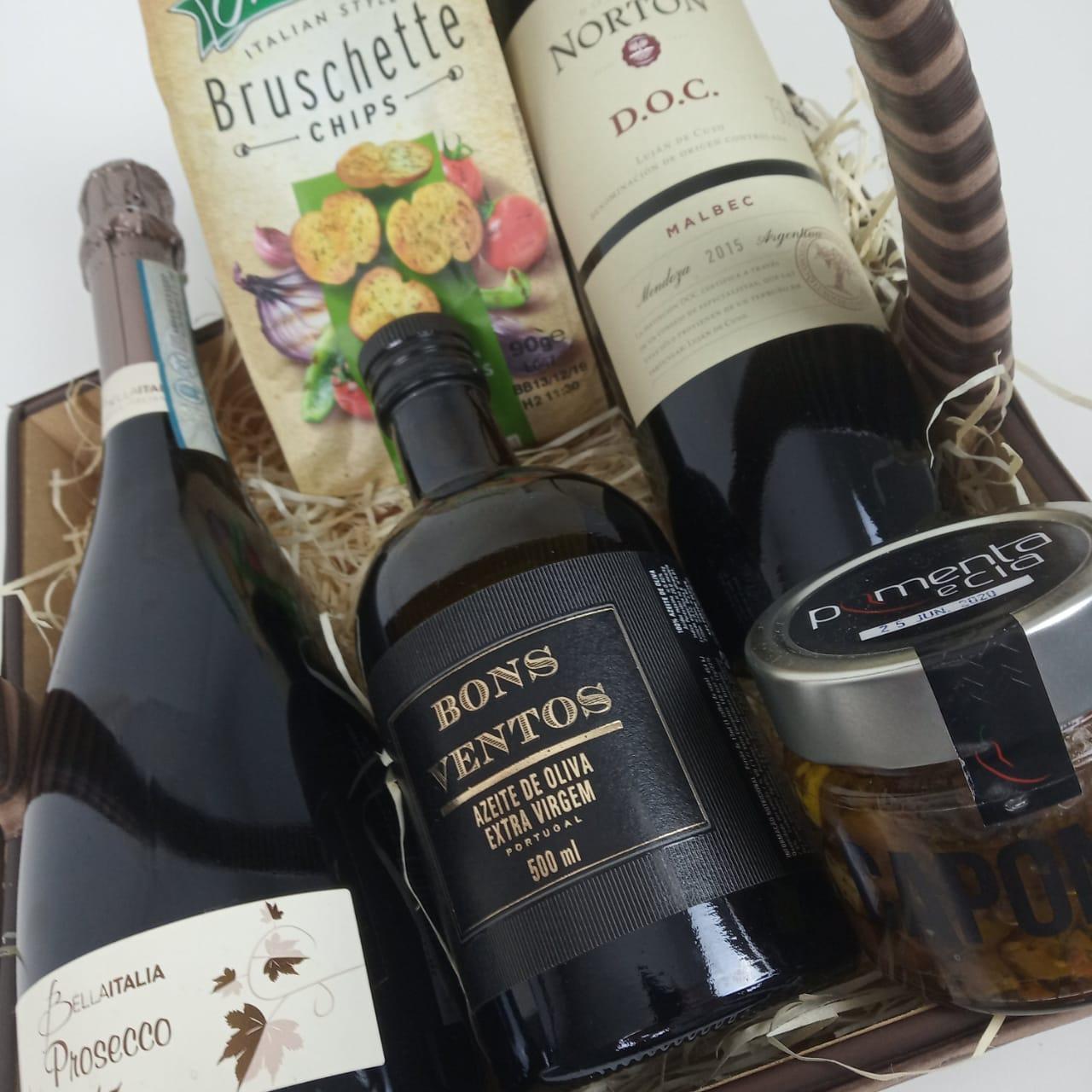 Cesta de Presente com Vinho e Espumante Norton Bella Itália
