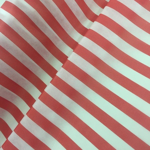Tnt Estampado Listrado Vermelho E Branco 1,4m X 5m