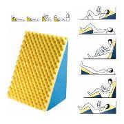 Encosto Travesseiro Triangulo C/CAPA