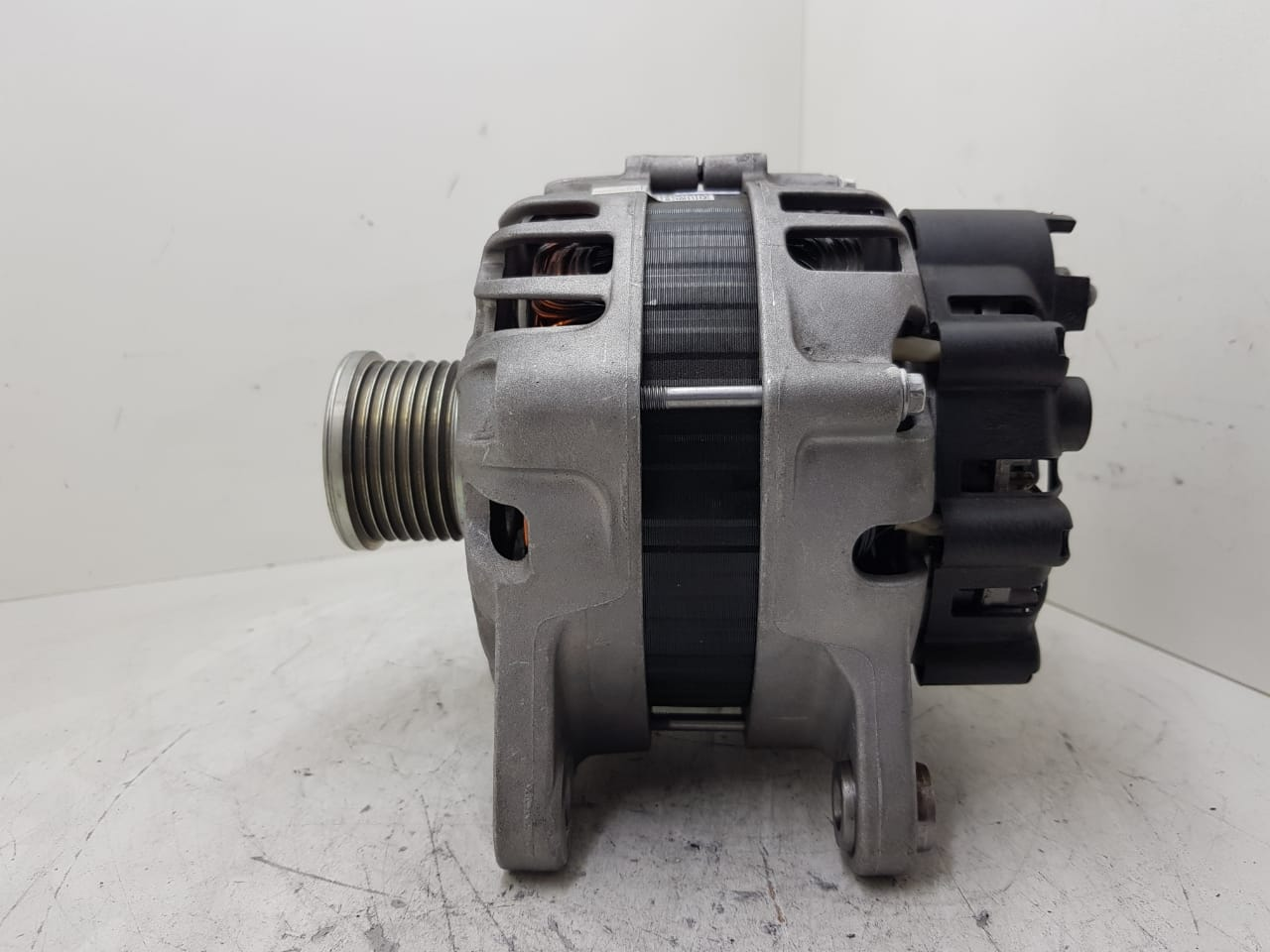 Alternador 12v 110a Renault Captur Duster 2.0 16v Oroch 2.0 231001017R TG12C259 2712661 TG12C259 27817 A175509 231001017R TG12S326 2721984 12719 A190388 231002418R TG12S326 2721984 12719 A190388