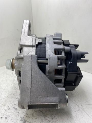 Alternador Bosch F000BL04K4 F000BL0477 F000BL0478 MWM 7005611C1 90 amperes MWM 7005775C91