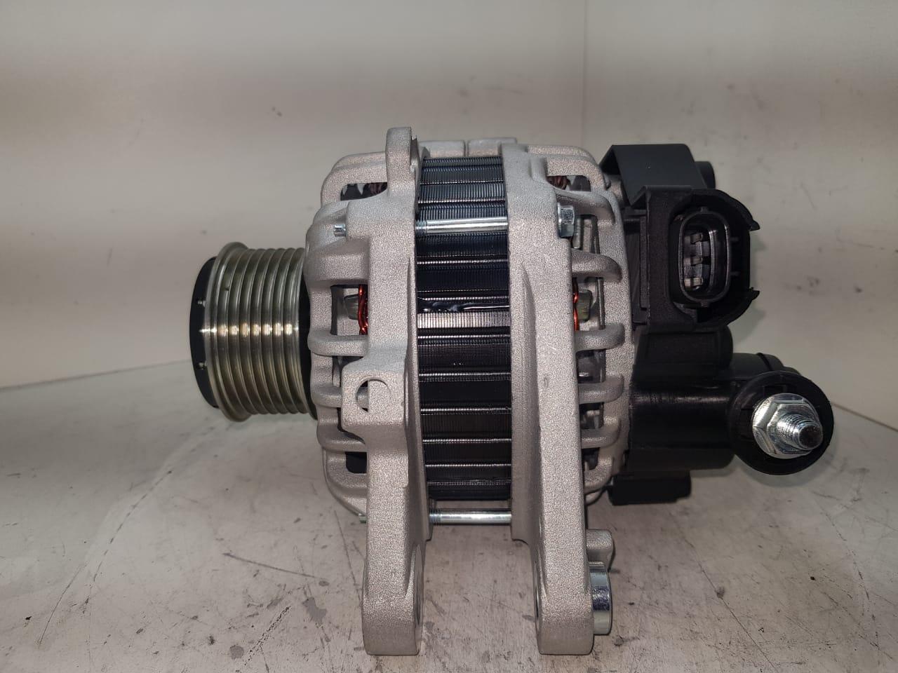 Alternador HYUNDAI HR KIA Bongo K2500 2012 em diante Euro 5 Motor 2.5 VALEO 14V 90A 2610454 373004A700 373004A700 E 70041 D 10234 AEC24049