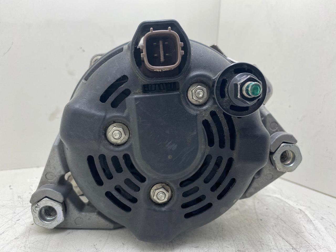Alternador Hyundai Santa Fé 3.5 V6 2010 2011 2012 DENSO Original 37300 3 C 5 1 0 104210 2 8 7 0 373003C510 1042102870