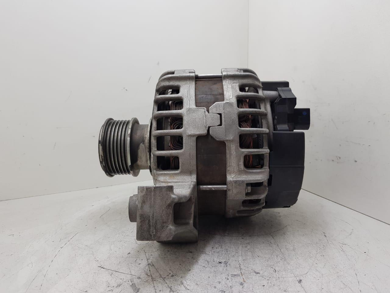 Alternador Land Rover Evoque Turbo Jaguar Bosch 14V 180AMP 0125811006 0125811034 BJ3210300 LR028121