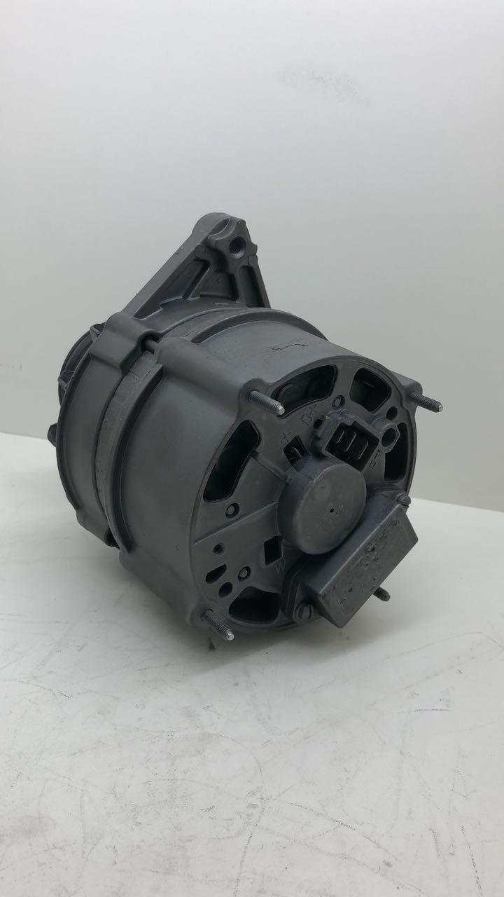 Alternador Motor AP 65A BOSCH