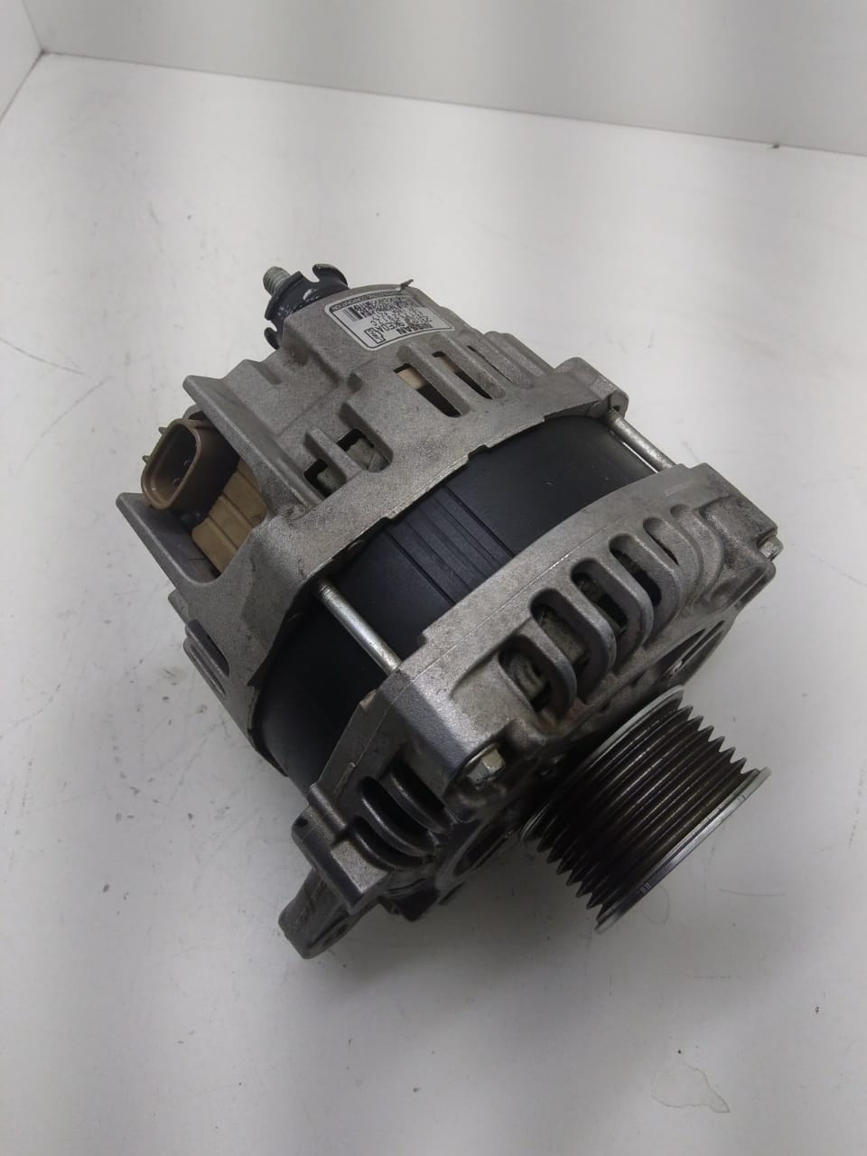 Alternador Nissan March Versa 130A