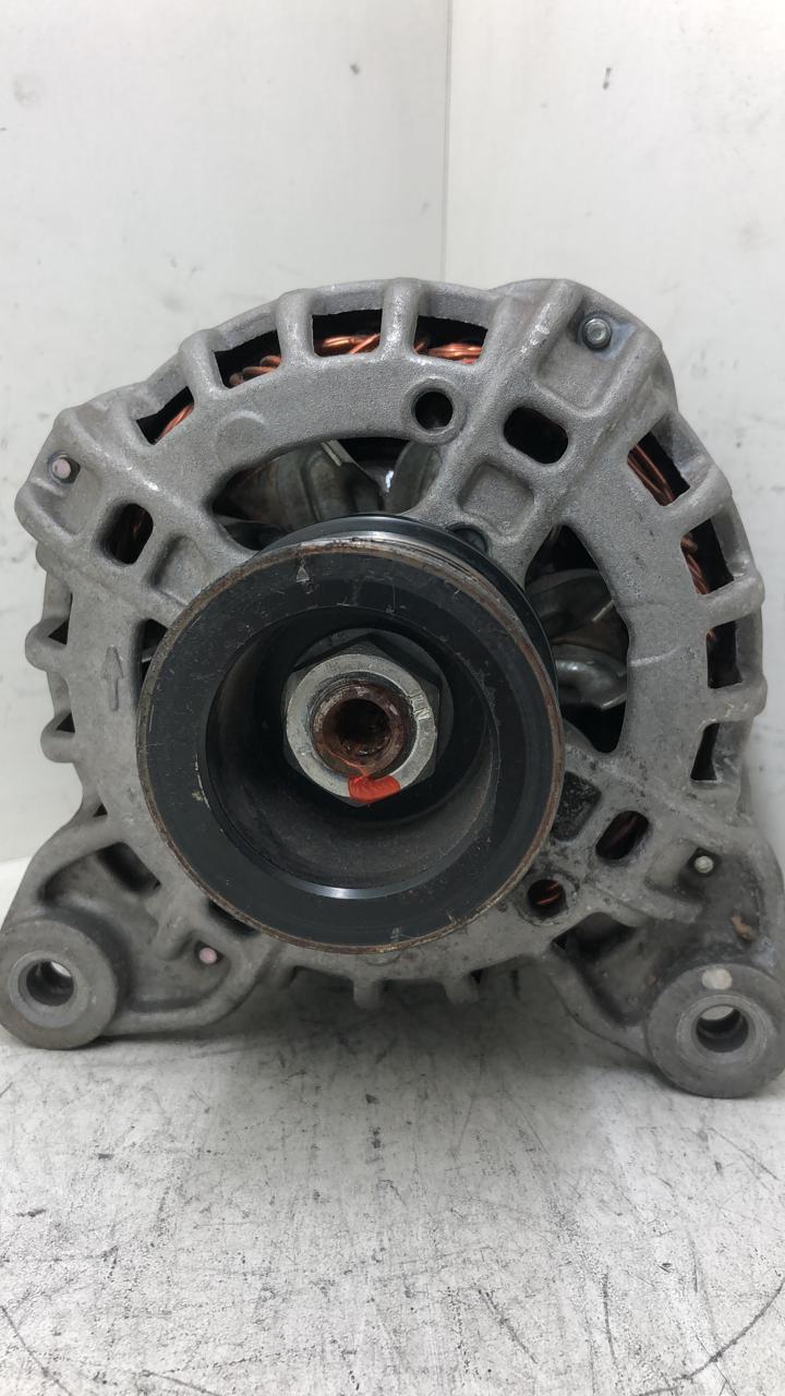 Alternador Nissan March Versa Kicks 231009lm0a F000BLO4R8 90A 14V