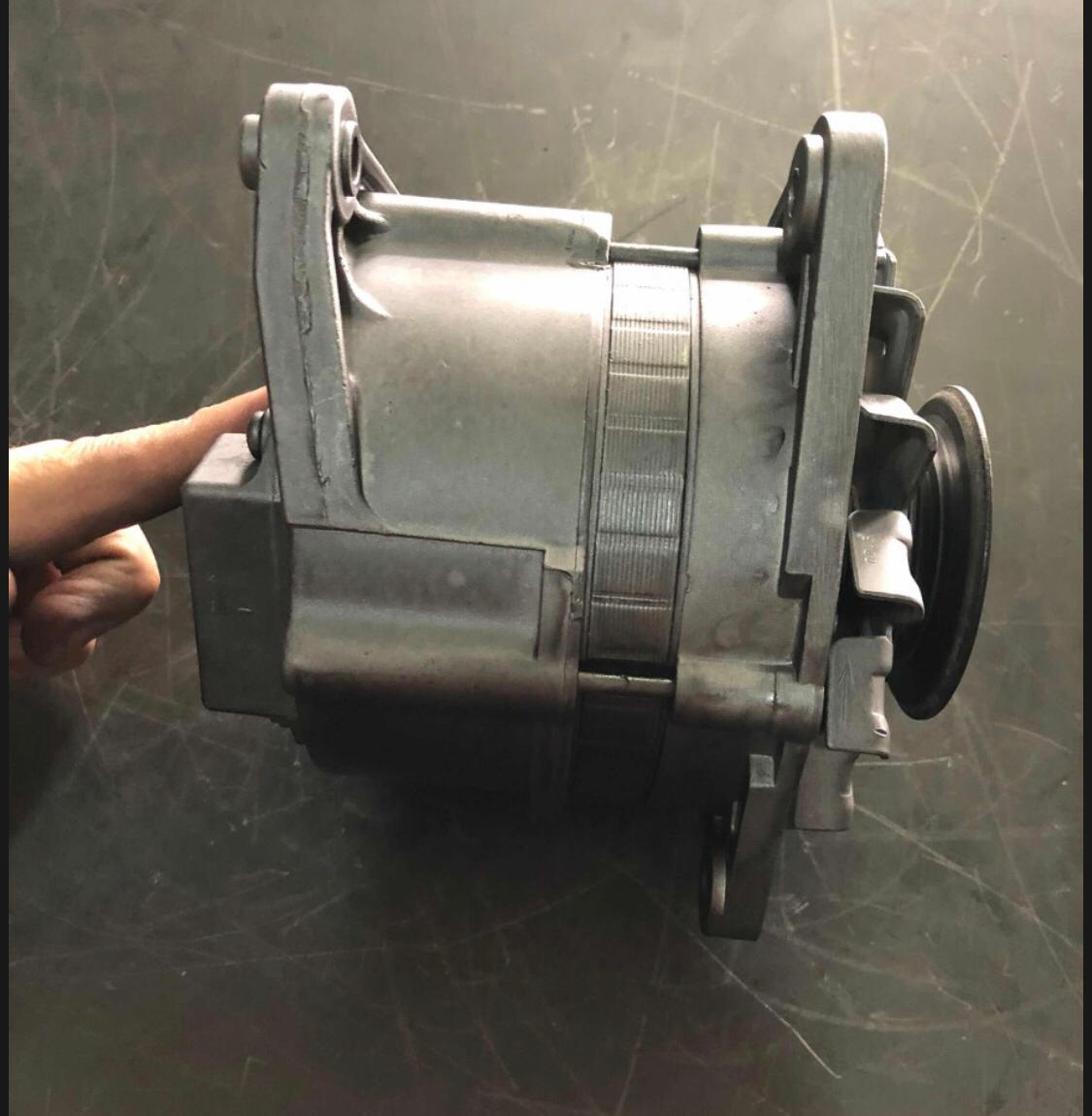 Alternador REFORMADO Escort CHT Bosch 65 amperes 12 volts