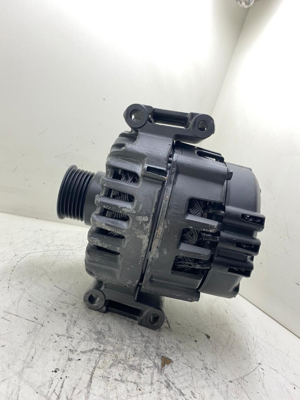 Alternador Valeo Mercedes Sprinter W907 910 14V A6519065700 CG25SO54 2723837A 418004046 18W45 Q1250A
