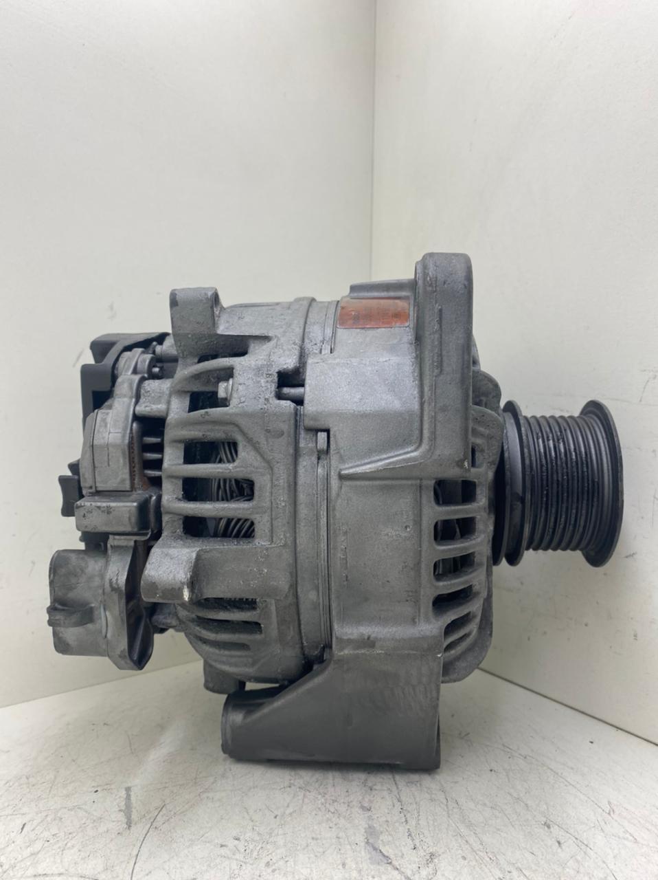 Alternador VW 13180 15180 Cummins 7110 7120 8120 8150 MWM Eletronico 12V 90AmP 0124325107 0124325067 2S0903015