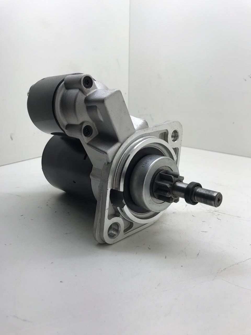 Motor De Arranque Moderno Fusca Kombi Brasilia 1300 1500 1600 Bosch 12v 9 Dentes F000alo306 Rd11001
