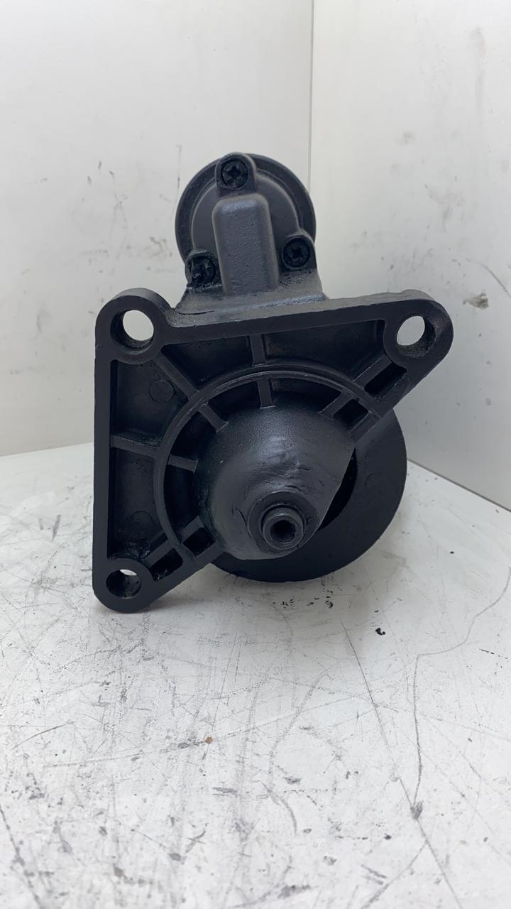 Motor de arranque BOSCH Renault Trafic 9 Dentes 12V 88 em Diante 9000082084