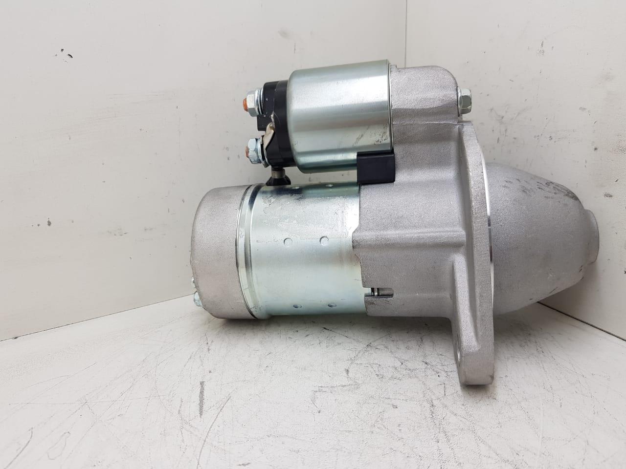 Motor de arranque CASE CX27B CX31B CX36B New Holland E27B E30B E35B YANMAR 3TNV82 3TNV88 HITACHI 12V 11 DENTES 12969877010 12924277010 S114815 S114883 AEC17022
