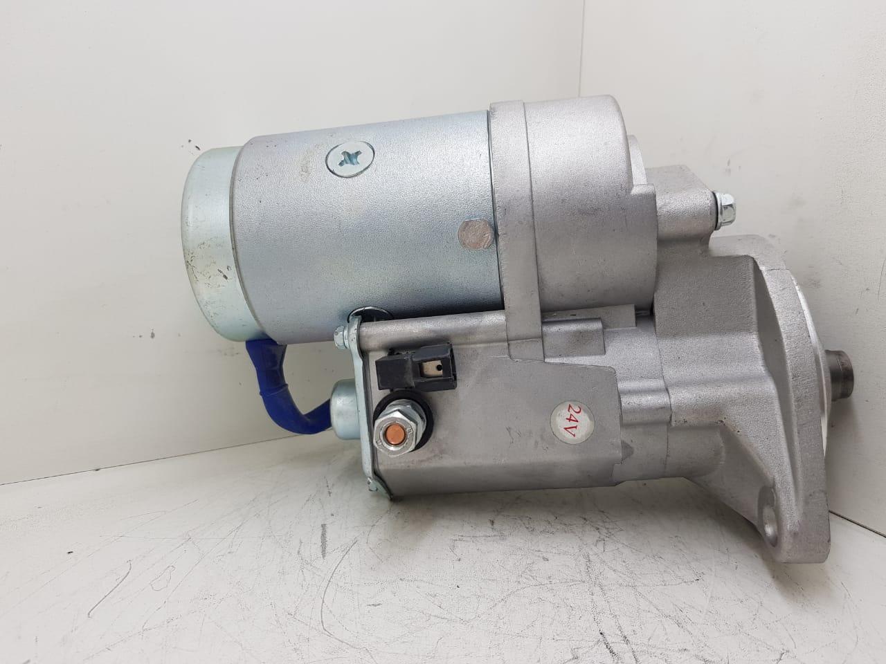 Motor de arranque EMPILHADEIRAS COM MOTOR NKR 3.3 E MOTOR YANMAR 24V 9 DENTES S2403A AEC17046