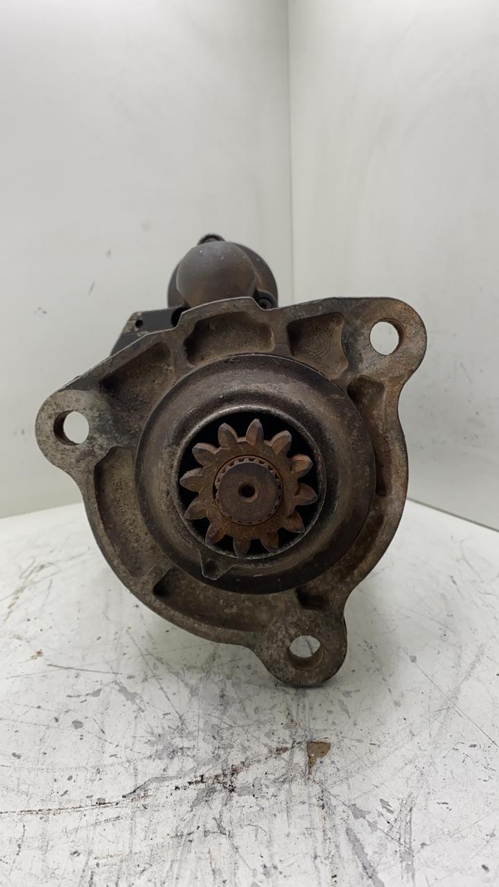 Motor de arranque SCANIA P340 Serie 4 e Serie 5 P G R T BOSCH 24V 12 Dentes F042002135 000124001 000121001 1747911 0001261025 0001241001 AEC14125