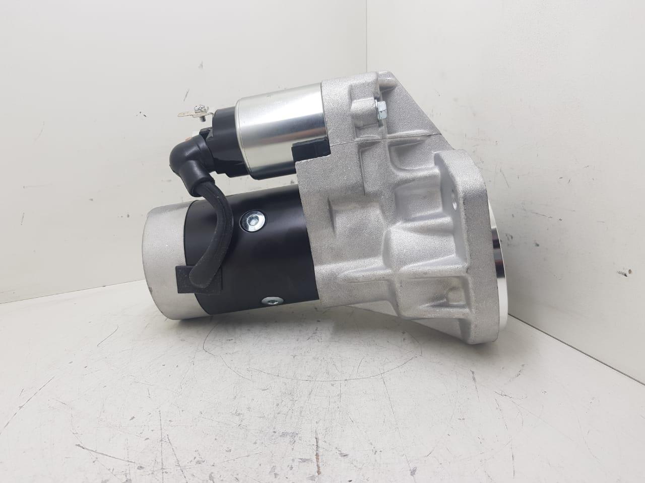 Motor de arranque Thermoking Nissan Motor FRONTIER NAVARA 2.7 D21 D22 TD27 HITACHI 12V 9 DENTES LE13050111  S13106 S13106 98601031 2130726 0113106 HXS020 0986016031 110574 S30726 11903 AEC17015