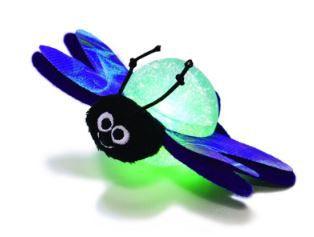Brinquedo interativo Kong Bat a Bout Flicker com LED e Catnip para gatos
