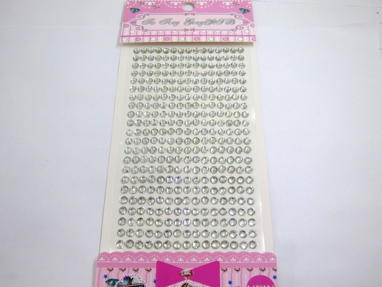 cartela de adesivo strass 5mm 330 unidades