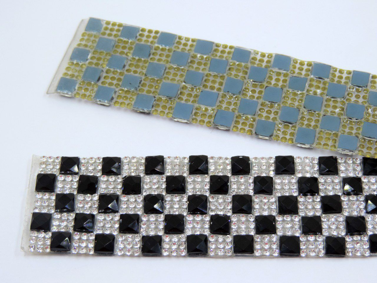 manta termocolante chaton preto strass prata 3,2x39cm