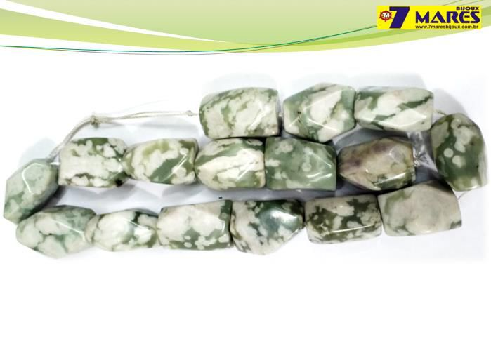 Pedra Rolada Jaspe Verde/Branca