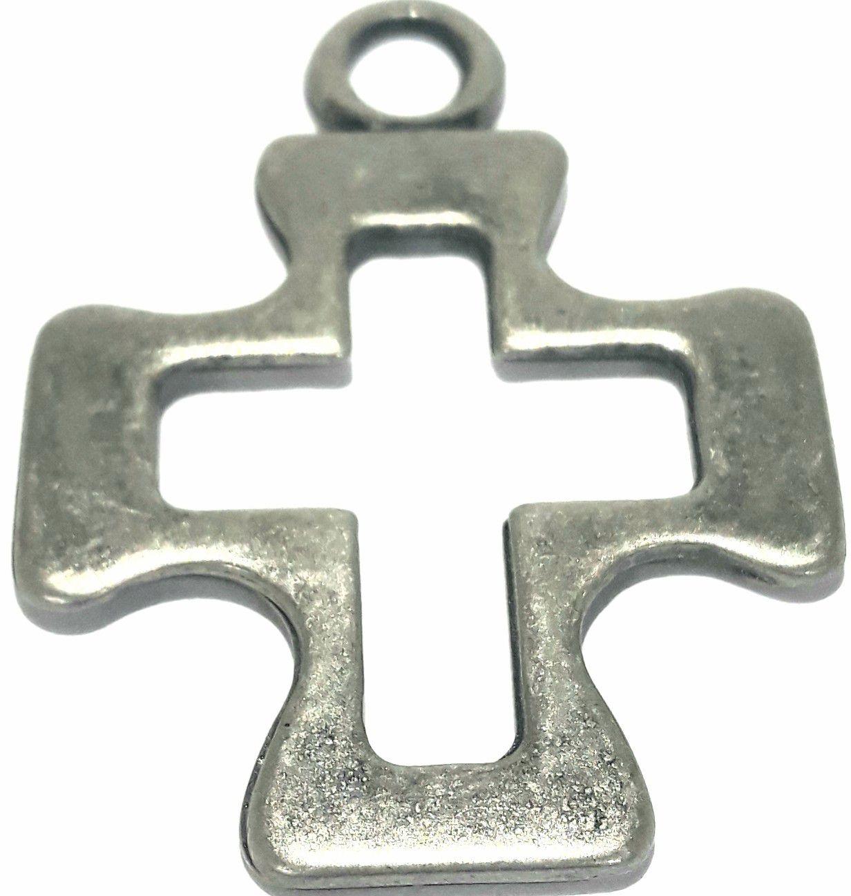 Pingente Cruz de Malta Vazada - PINC74