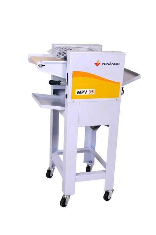 Modeladora de Pão com  Pé Monof  MPSV 35  Venâncio