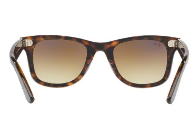 70852455d ... Óculos De Sol Ray Ban Wayfarer Rb2140 902/50 Tartaruga Lente Marrom