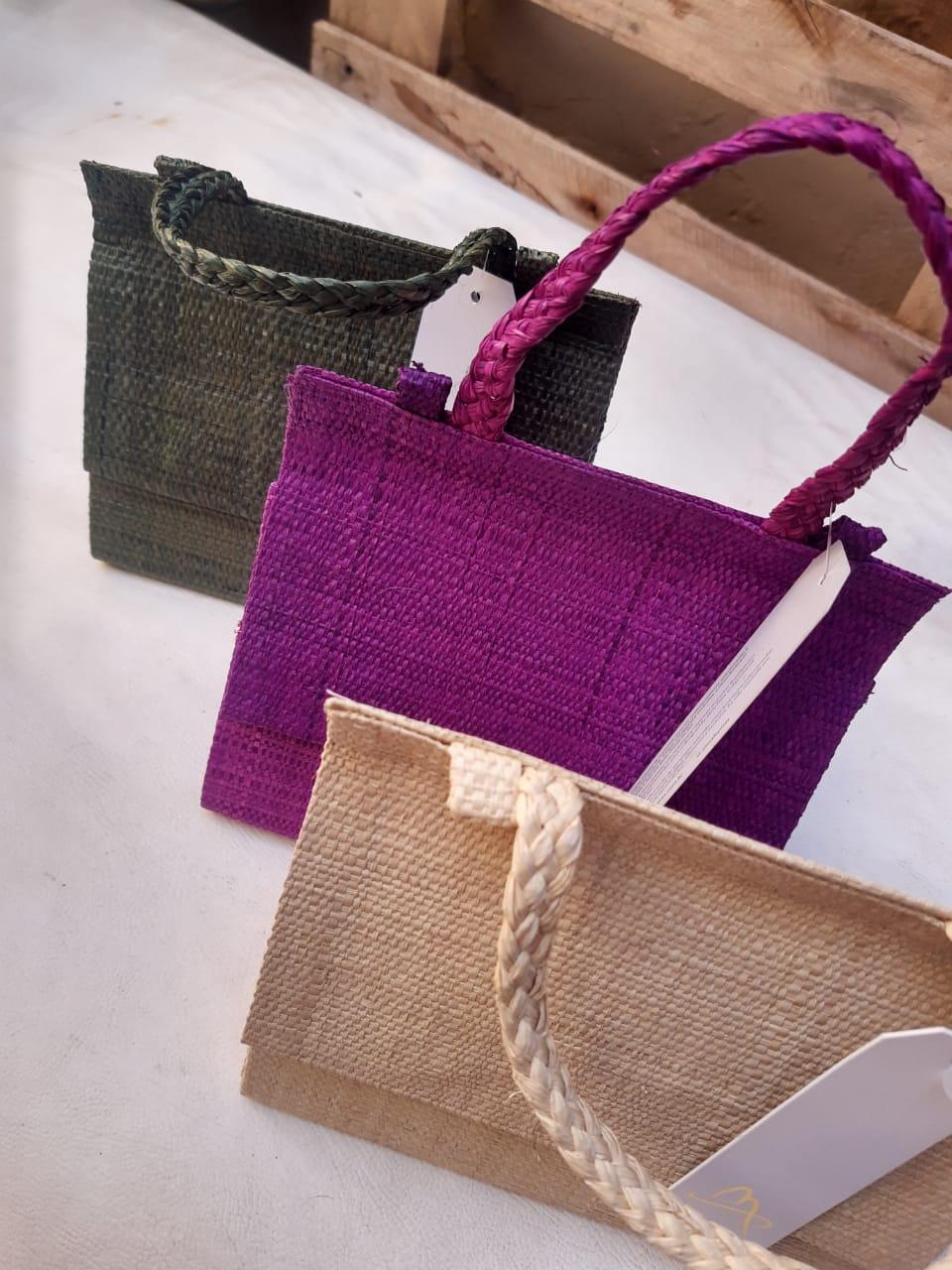 Bolsa Mini Bag de Palha Trancoso Malu Pires