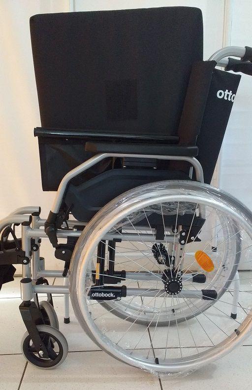 Cadeira de Rodas Start M1 125kg 40,5cm Ottobock