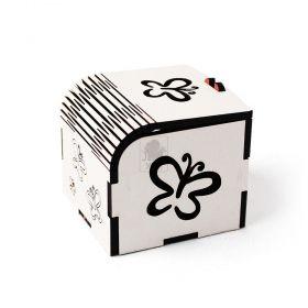 Caixinha Borboleta para Lembrancinha - Tampa Dobrável com Trava - Corte e Gravação a Laser - MDF Branco 3mm -  Yper Criativo