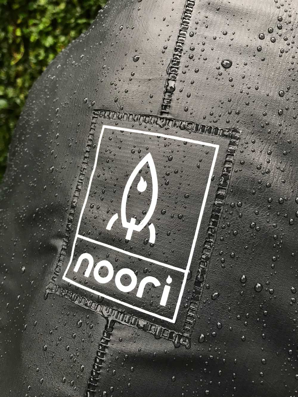 Capa Impermeável Noori®  - loja | Noori