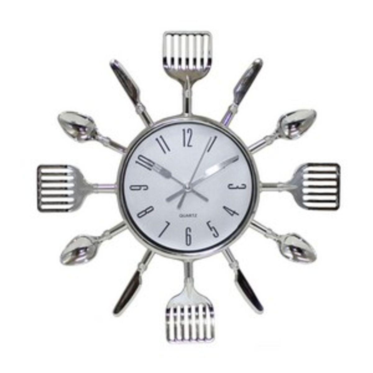 Relógio de Parede Analógico em Formato de Talheres Prata