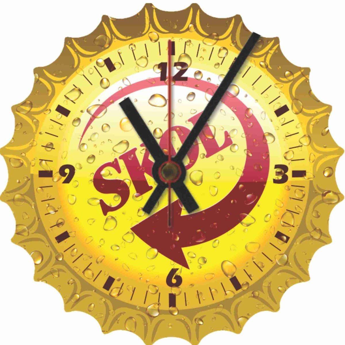 Relógio de Parede Tampinha Skol Analógico em Madeira MDF