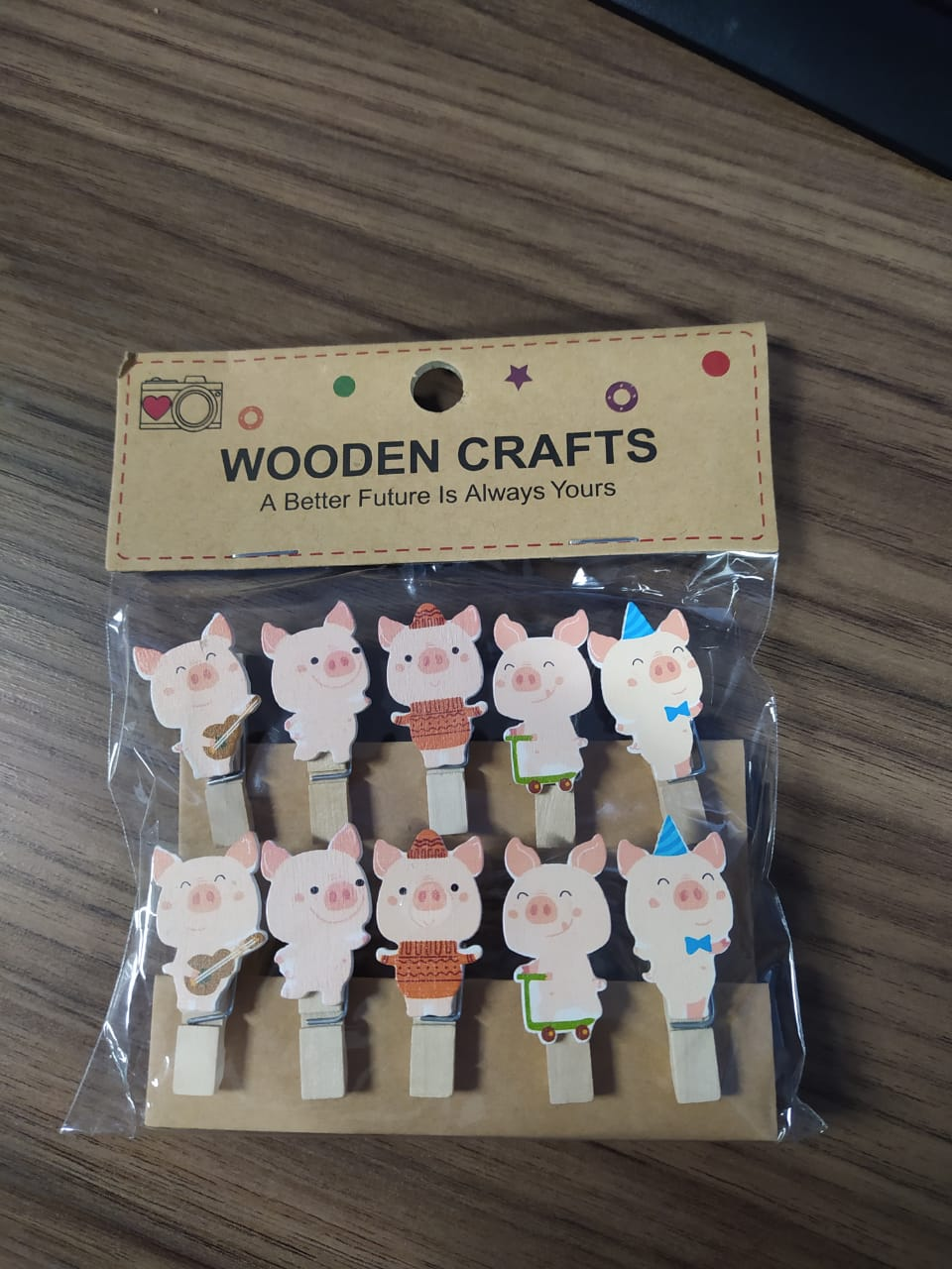 Kit c/10 mini prendedores + cordão sisal - Porquinhos