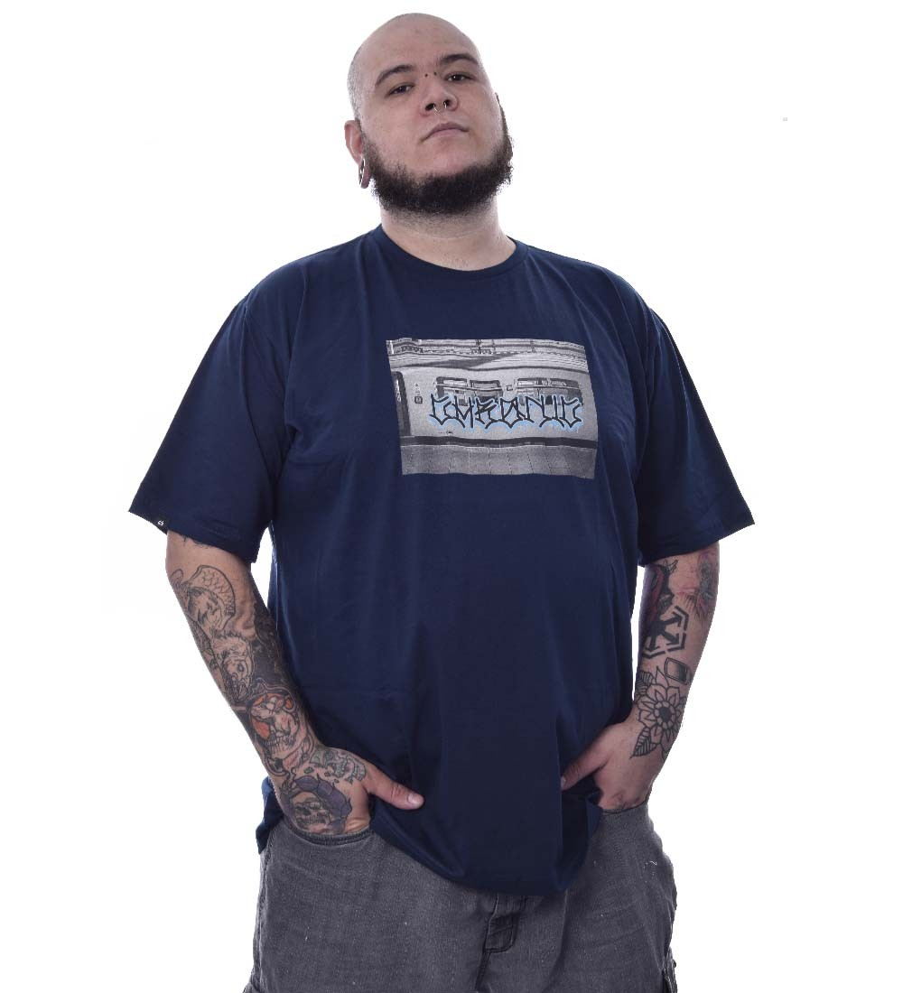 Camiseta Plus Size Chronic Metro