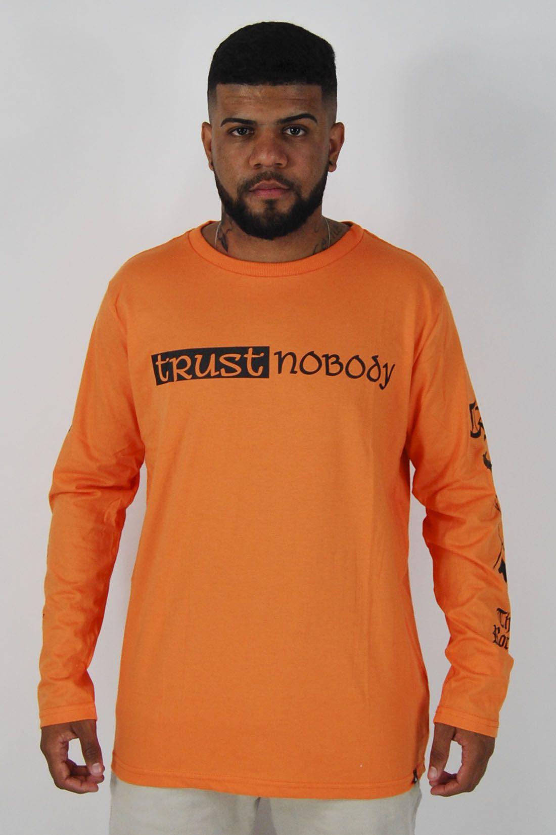 Camiseta Manga Longa Trust Nobody The Rocks