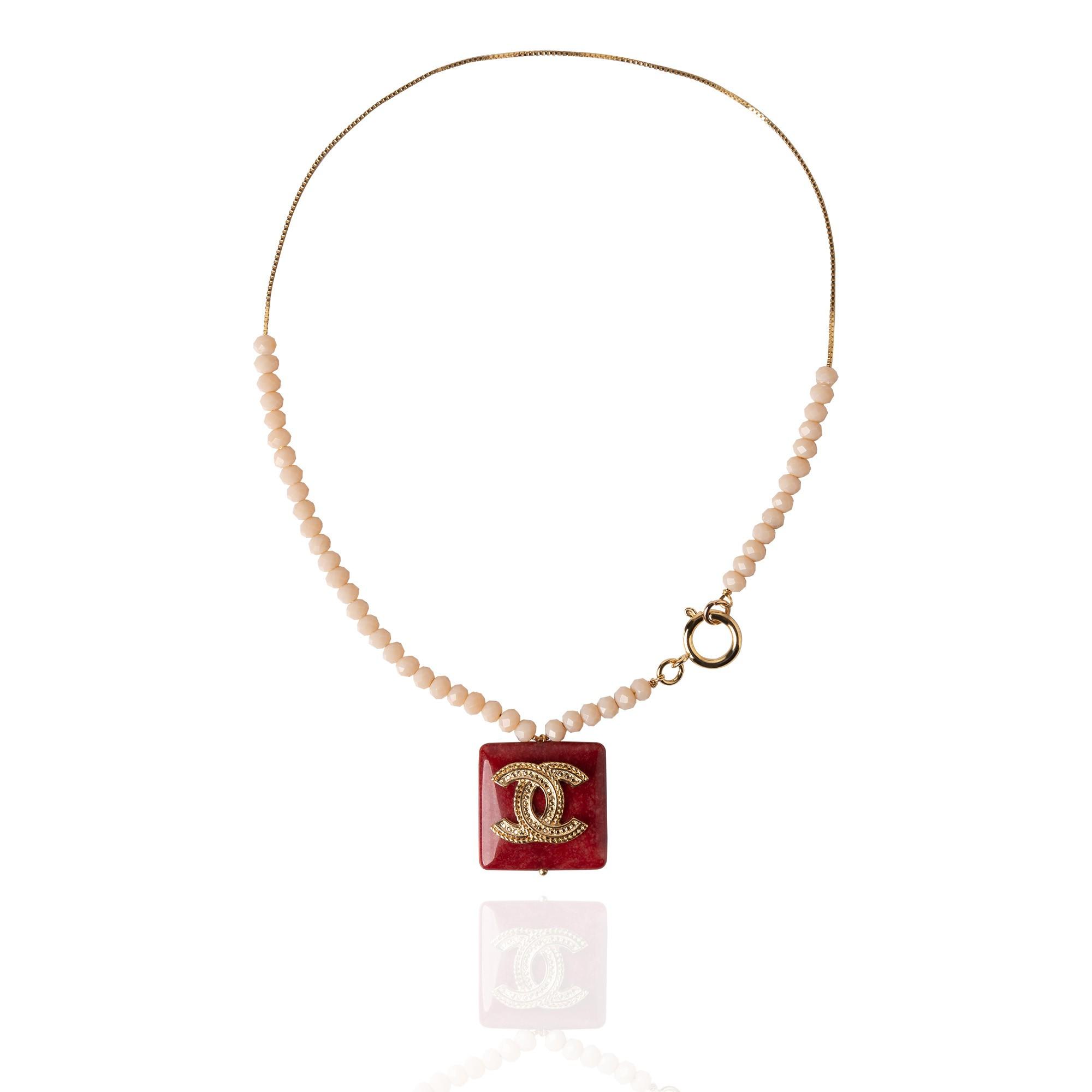 Colar em Pedra Natural Inspiração Chanel