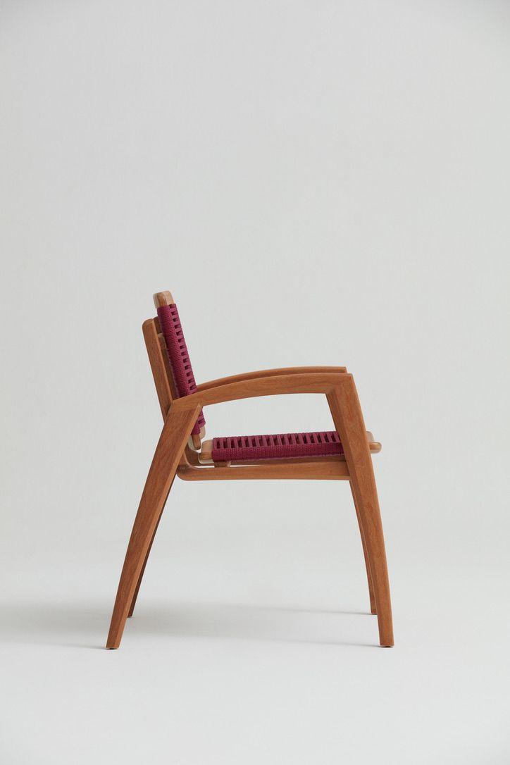 Cadeira Velo - Designer: Claudia Mazziere