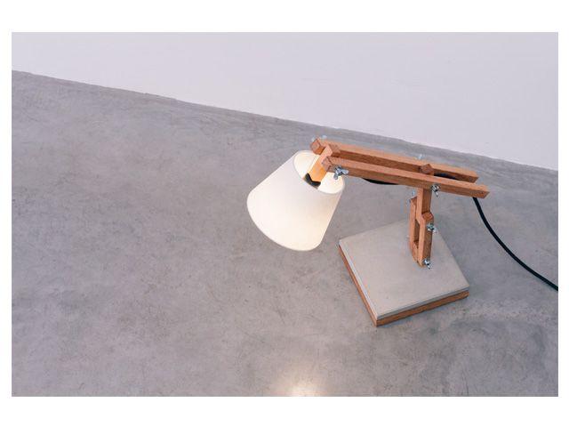 Luminária Muda - Base Concreto Natural