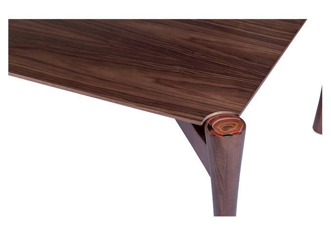 Mesa de Jantar Agata - Designer: Fahrer