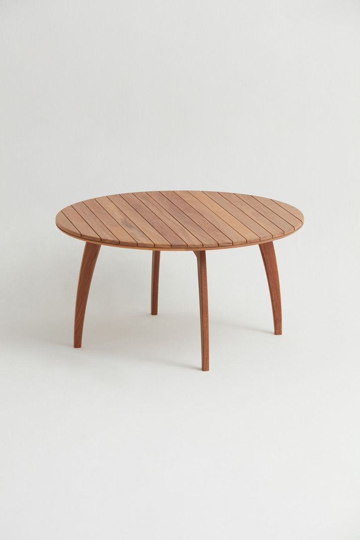 Mesa de Jantar Velo - Designer: Claudia Mazziere