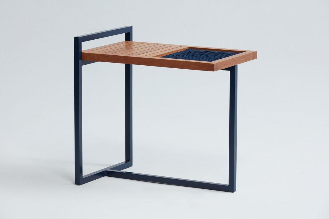 Mesa Lateral Maresias - Designer: Fabrício Roncca