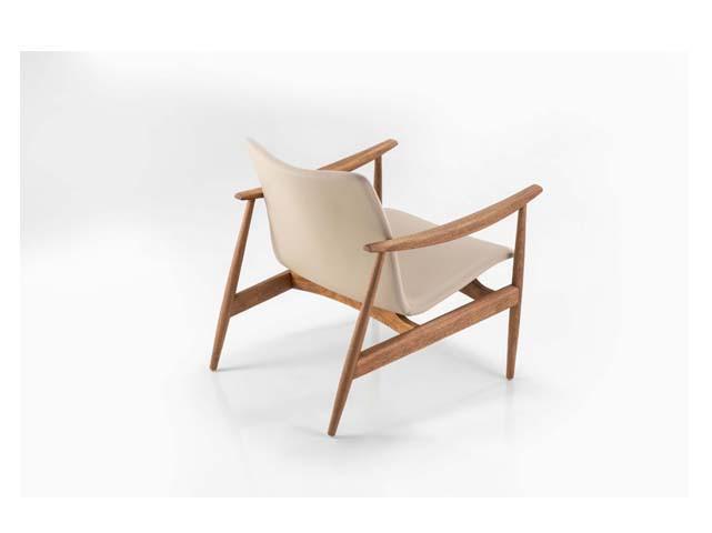 Poltrona Sato-Designer Ronaldo Sasson