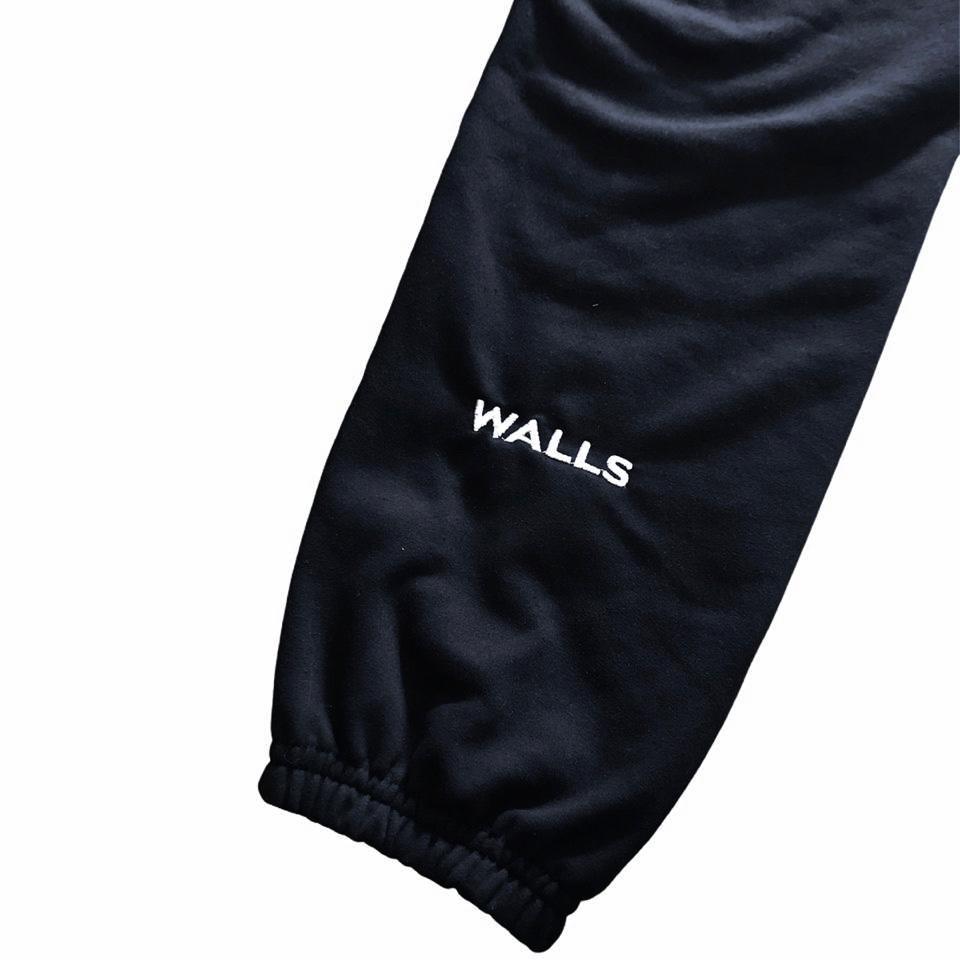 Calça Jogger WALLS Basic Logo Moletom Preto