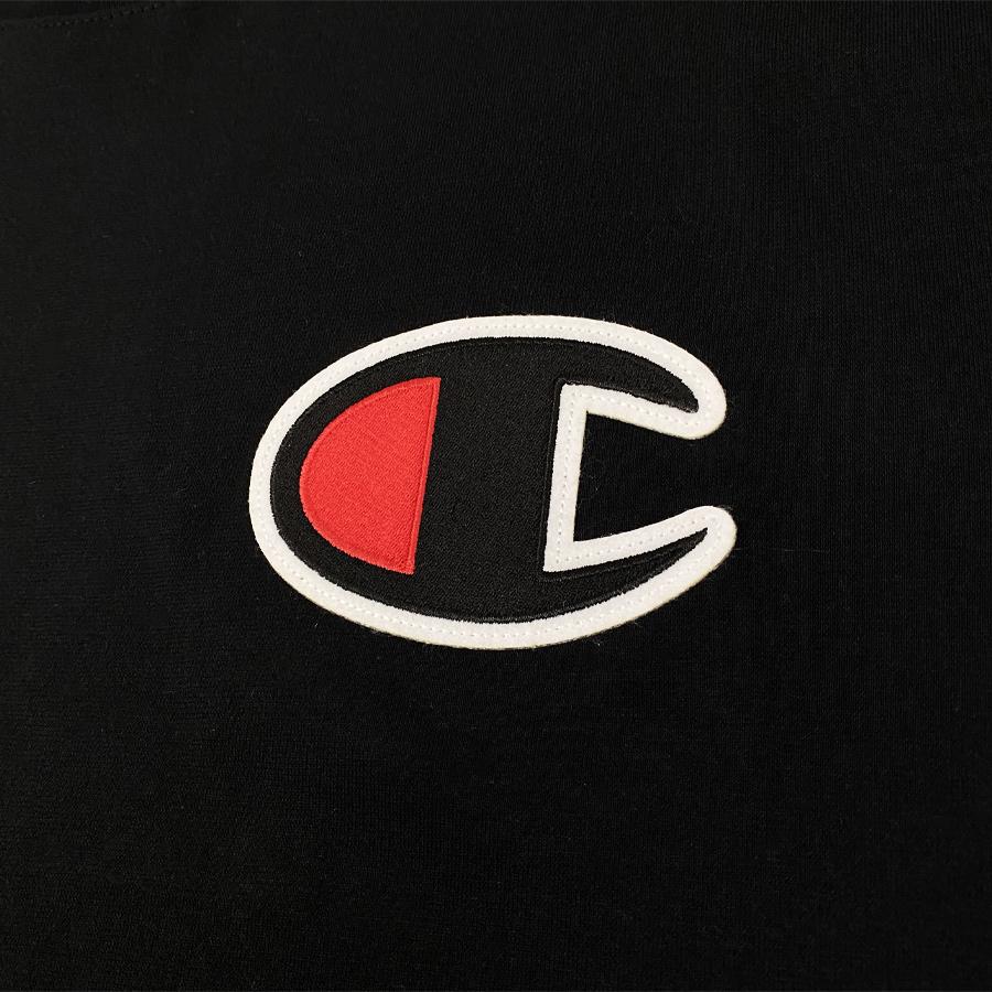 Camiseta Champion Logo Patch C Preta