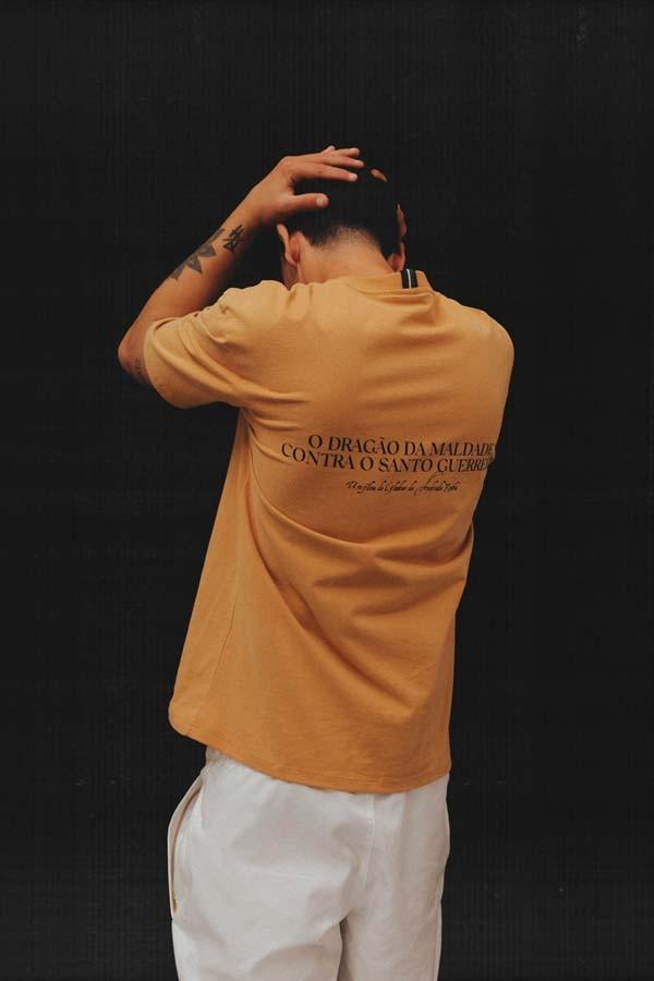 Camiseta Class Dragão da Maldade Beige
