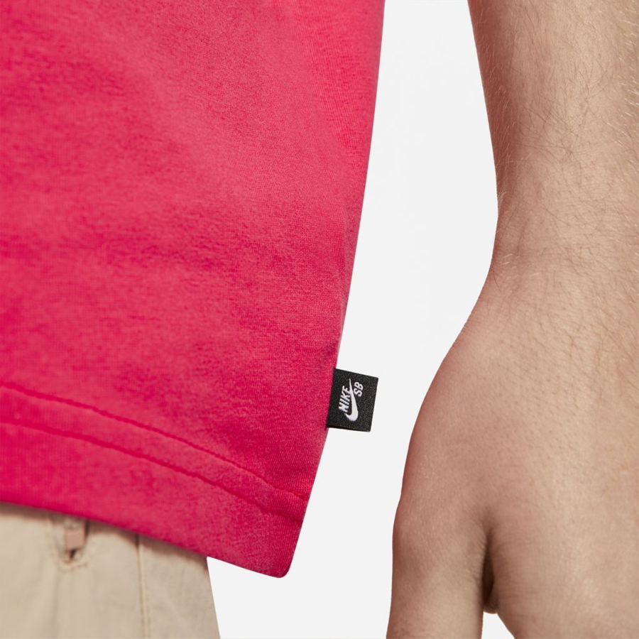Camiseta Nike SB Red